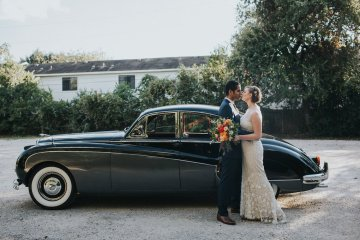 Colorful & Eclectic Americana Wedding in Texas | Amber Vickery Photography 13