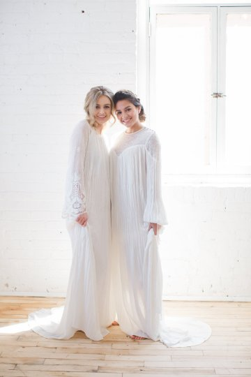 Light & Modern Wedding Inspiration With Cool Modest Gowns | Sons and Daughters Photography 40