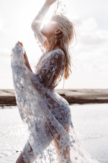 Starry Nights; Trendy Celestial Wedding Inspiration Board | Bohemian Diesel Rue de Seine 3