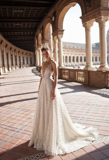 World Exclusive: The Sparkling Berta Fall 2018 Seville Collection 37