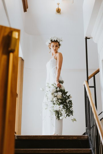 Cool Courthouse Wedding Inspiration Featuring A Bridal Jumpsuit | Rachel Birkhofer Photography 16