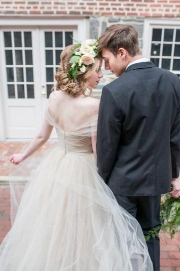 Gorgeous Buttercream & Ivory Wedding Inspiration | Anna + Mateo 20