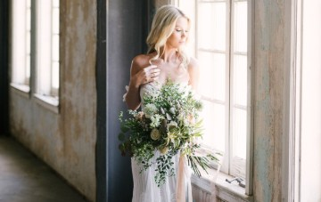 Luxurious Green & Gold Boho Wedding Inspiration