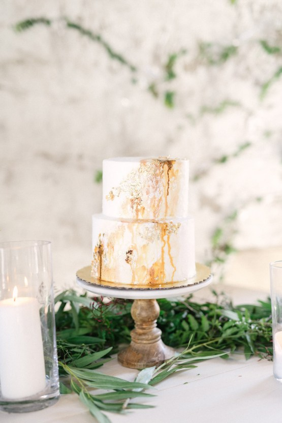 Luxurious Green & Gold Wedding Inspiration | Saje Photography 44