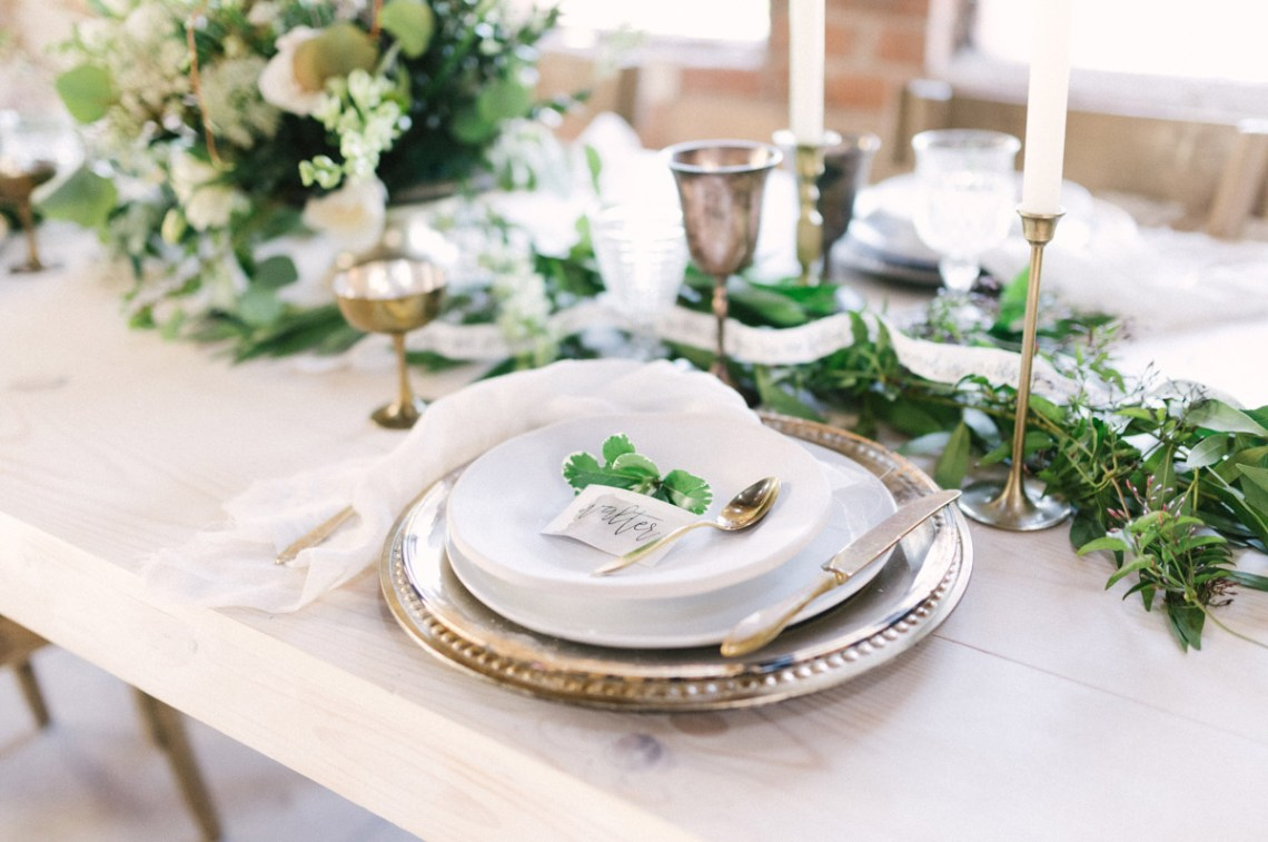 Luxurious Green & Gold Wedding Inspiration | Saje Photography 48