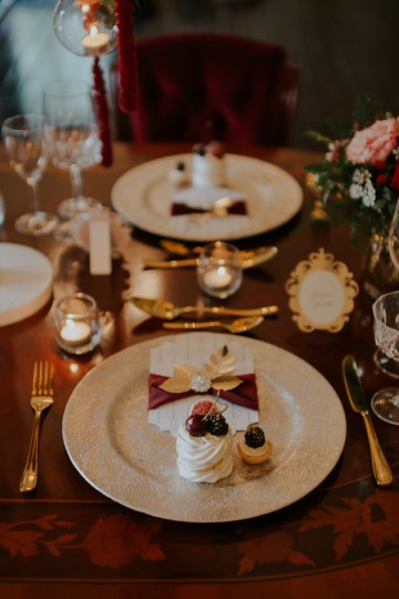Luxurious Red & Green Wedding Inspiration Featuring A Glam Black Gown | Jamie Sia Photography 30