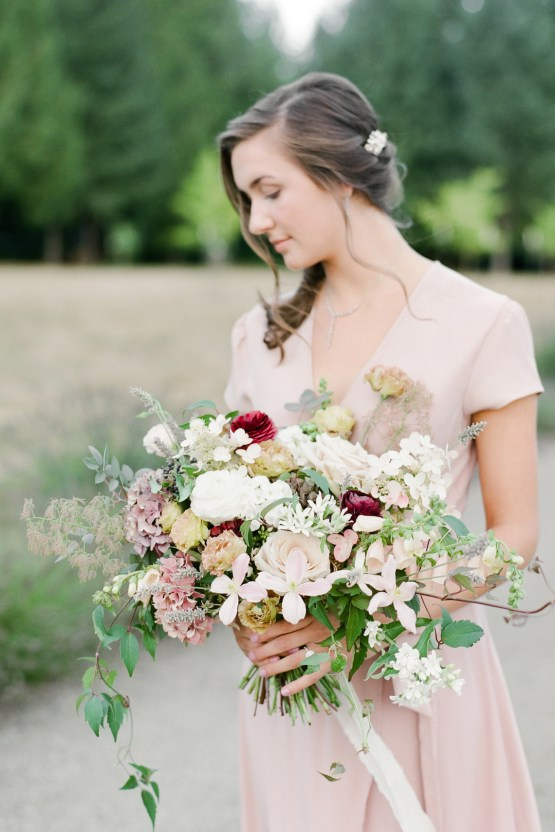 5 Tips For Creating A Budget-Friendly Wedding Bouquet | Jeanni Dunagan 19