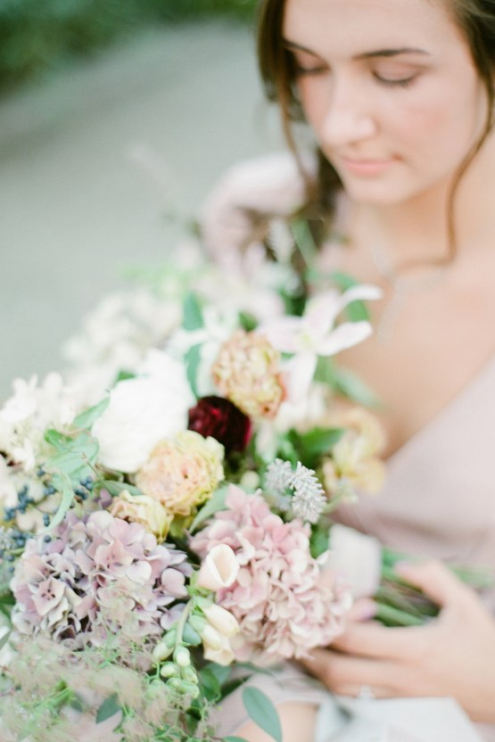 5 Tips For Creating A Budget-Friendly Wedding Bouquet | Jeanni Dunagan 36