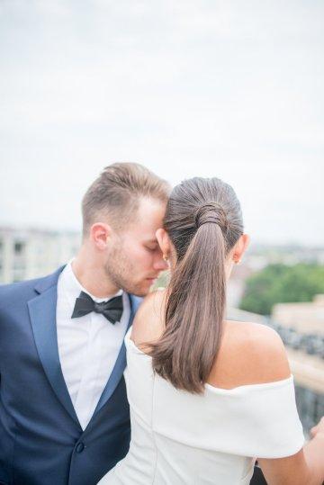 Classy Modern Rooftop Wedding Inspiration | Anna + Mateo Photography 1