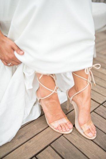 Classy Modern Rooftop Wedding Inspiration | Anna + Mateo Photography 31
