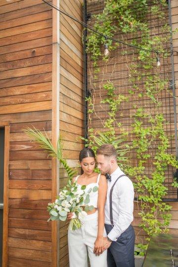 Classy Modern Rooftop Wedding Inspiration | Anna + Mateo Photography 53
