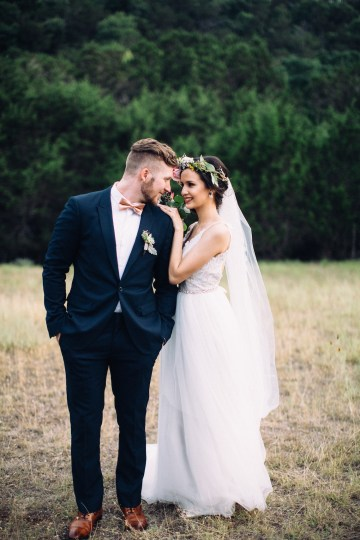 Colorful, Natural Boho Wedding (With Donuts!) | Morgan Brooks Photography 27
