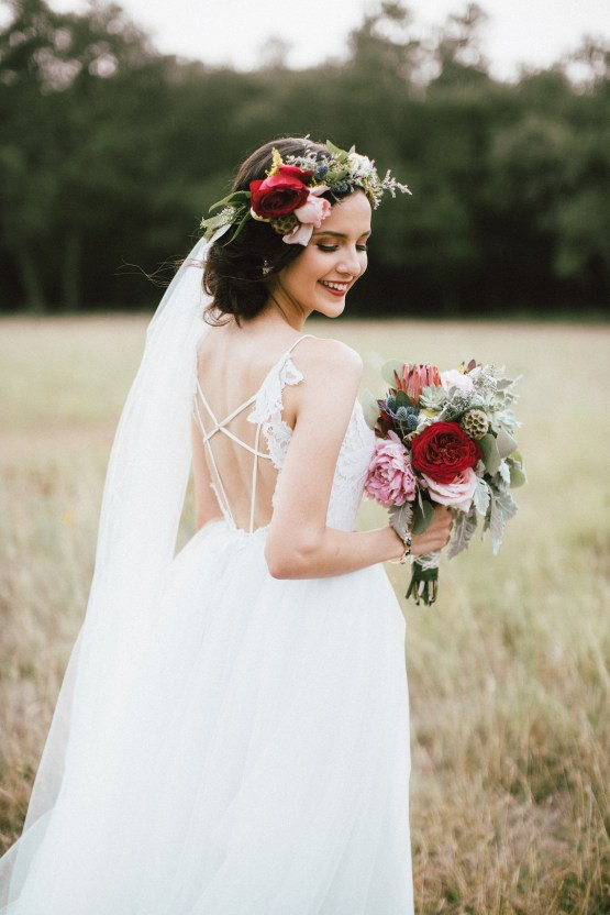 Colorful, Natural Boho Wedding (With Donuts!) | Morgan Brooks Photography 28