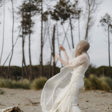 Driftwood & Seagrass, Seaside Boho Wedding Inspiration | Monica Leggio 24