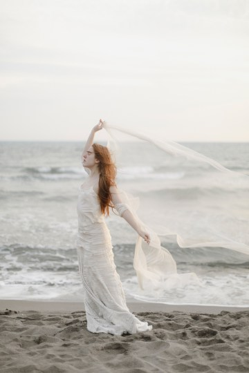 Driftwood & Seagrass, Seaside Boho Wedding Inspiration | Monica Leggio 29