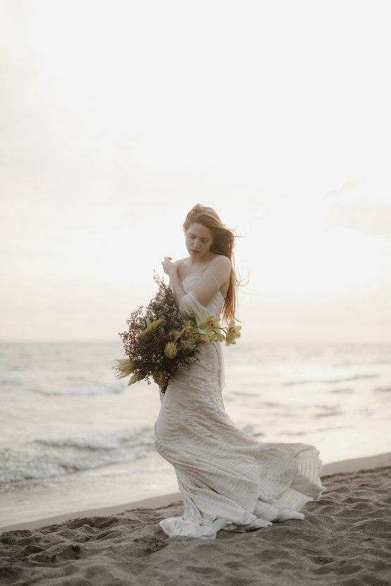 Driftwood & Seagrass, Seaside Boho Wedding Inspiration | Monica Leggio 33