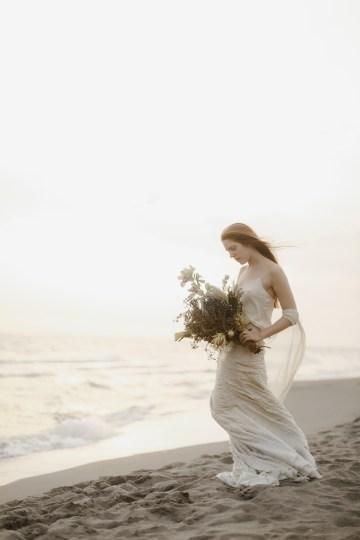 Driftwood & Seagrass, Seaside Boho Wedding Inspiration | Monica Leggio 34