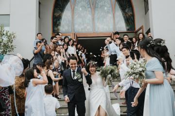 Modern & Hip Bali Wedding Featuring Sparklers & Flower Crowns | Iluminen Photography 9