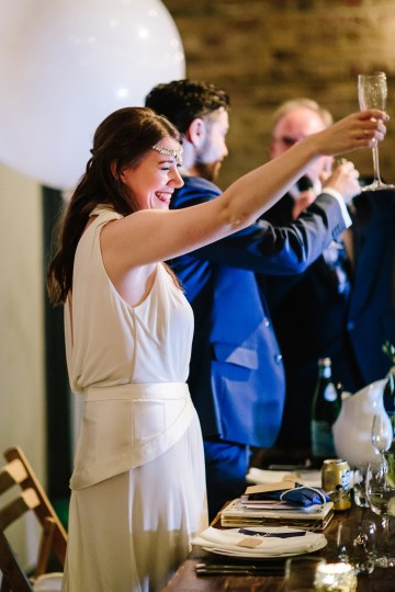 Underground Gallery Wedding In London With Cool, Flashy Signage   Studio 1208 Photography 40