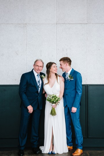 Underground Gallery Wedding In London With Cool, Flashy Signage   Studio 1208 Photography 46