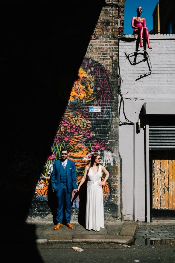 Underground Gallery Wedding In London With Cool, Flashy Signage | Studio 1208 Photography 55