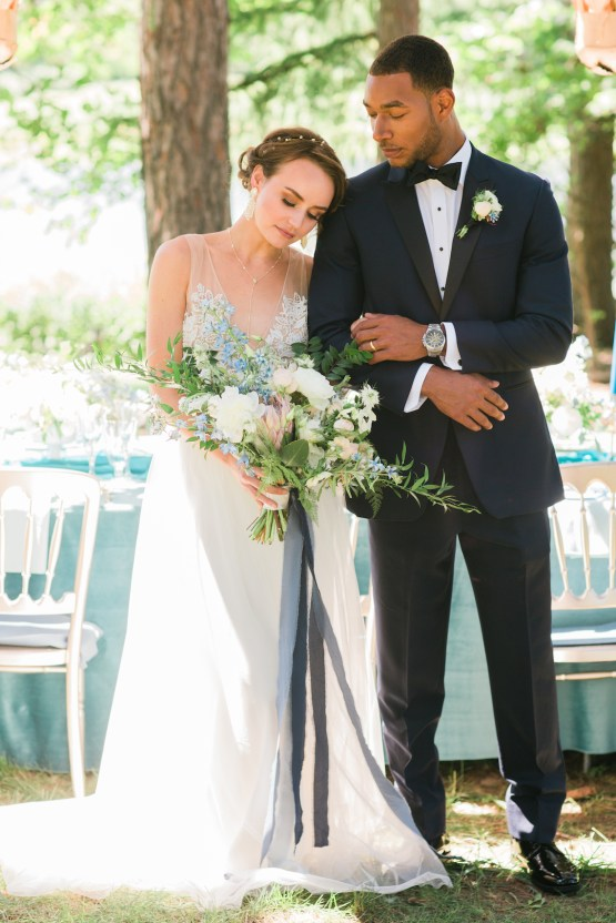 Vibrant Ocean Blue Watercolor Wedding Inspiration | Lola Event Productions | Artistrie Co. 28