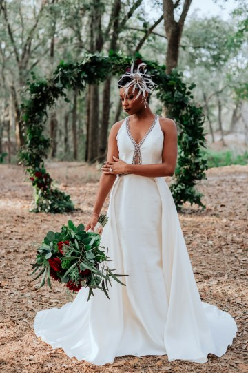 Woodsy Jewel-Toned Wedding Ideas (With A Circle Arch!) | Grind & Press Photography 40