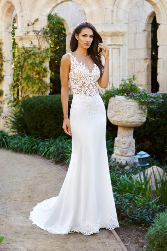 20 Tips For A Flawless Wedding Dress Shopping Experience | Moonlight Bridal Moonlight Collection 3