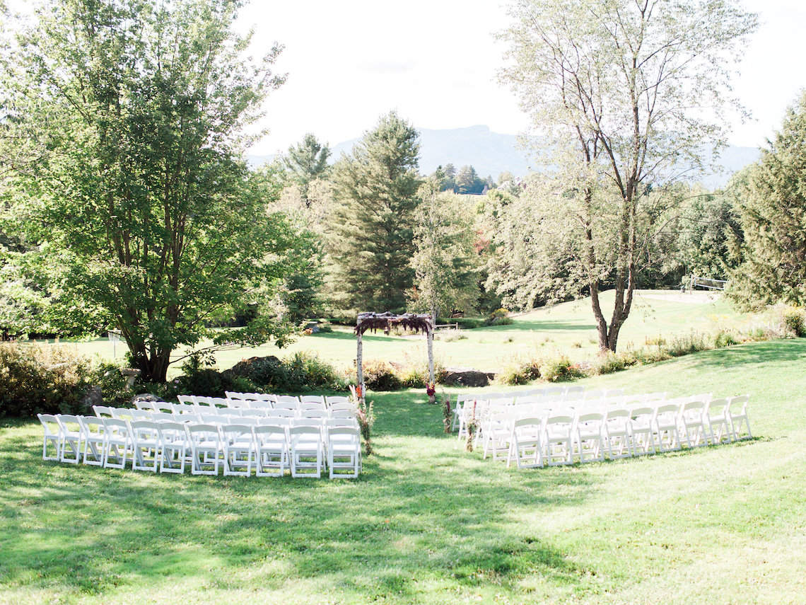 Colorful Vermont Lodge Wedding (With Sparkler Magic!) | Molly Lichten Photography 46