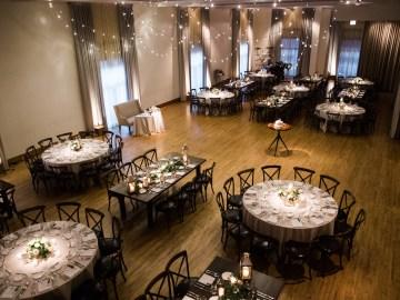 Gorgeous Chicago Ivy Room Wedding | Kristin La Voie Photography 15