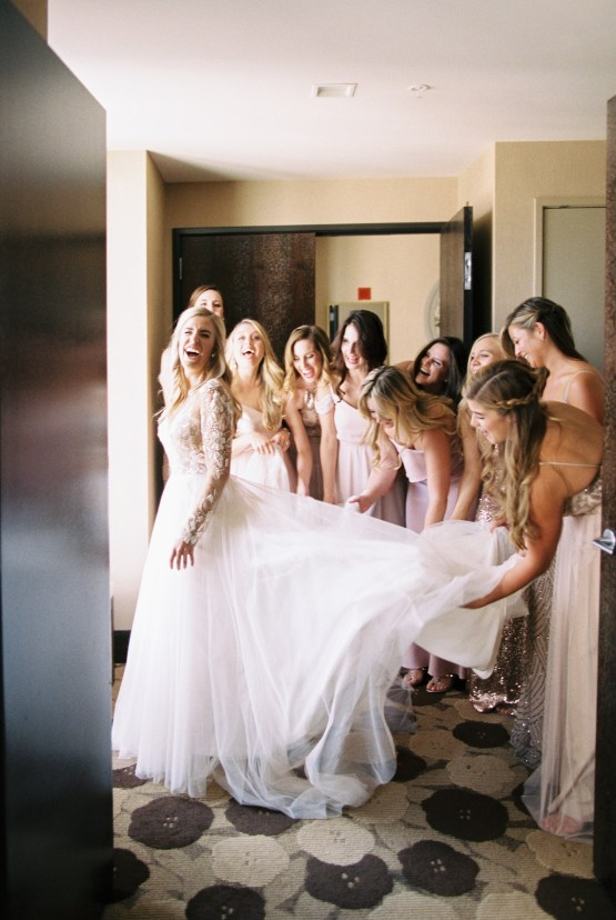 Gorgeous Chicago Ivy Room Wedding   Kristin La Voie Photography 26