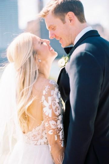 Gorgeous Chicago Ivy Room Wedding | Kristin La Voie Photography 54