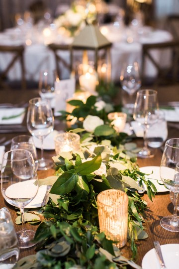 Gorgeous Chicago Ivy Room Wedding | Kristin La Voie Photography 76