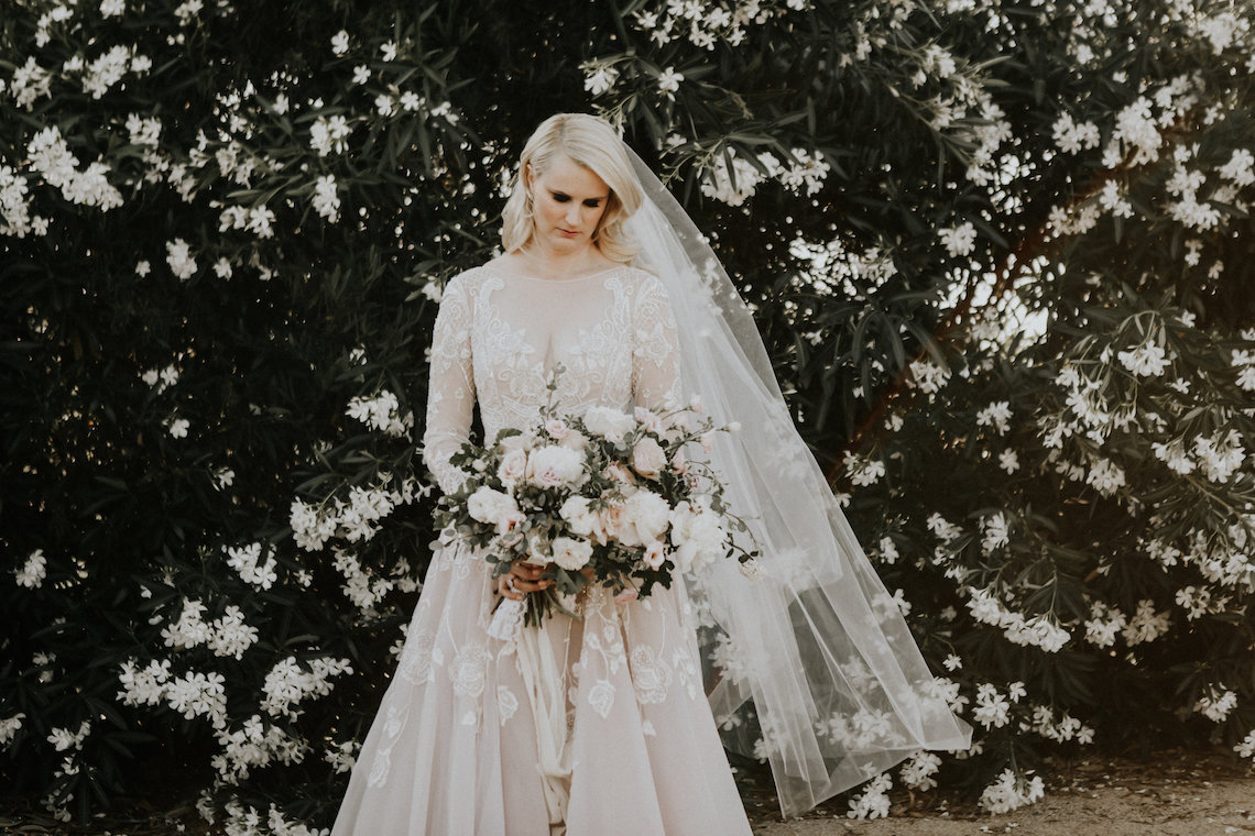 Lavish & Luxe California Winery Wedding | Amy Lynn Photography | Lyons Events 17