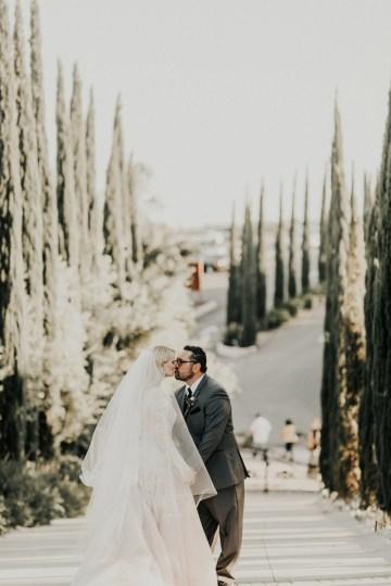 Lavish & Luxe California Winery Wedding | Amy Lynn Photography | Lyons Events 38