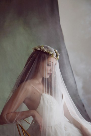 Rose Gold; Romantic Wedding Ideas With Stunning Headpieces | Flavelle & Co 1
