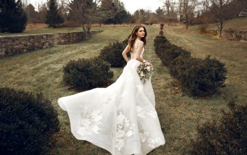 The Luxurious & Romantic Jenny Yoo Bridal Wedding Dress Collection