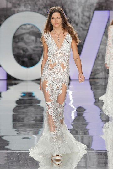 The Sexy & Embellished New Yolan Cris Wedding Dress Collections   AGUDES