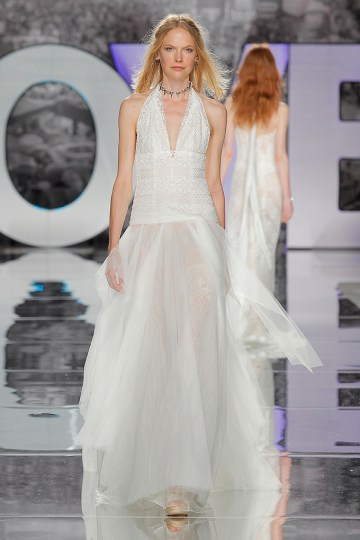The Sexy & Embellished New Yolan Cris Wedding Dress Collections   AJUSCO (3)