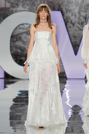 The Sexy & Embellished New Yolan Cris Wedding Dress Collections   COYOTES (2)