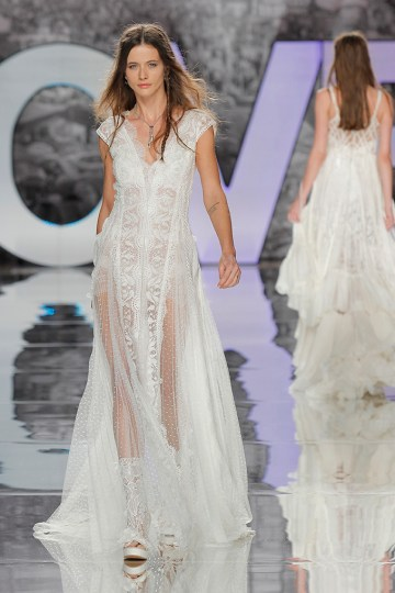 The Sexy & Embellished New Yolan Cris Wedding Dress Collections | EDELWEISS (2)