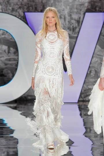 The Sexy & Embellished New Yolan Cris Wedding Dress Collections   FABREGA BLOUSE AND DRESS