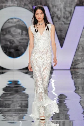The Sexy & Embellished New Yolan Cris Wedding Dress Collections | KIROVA (3)