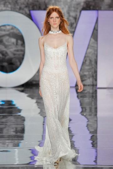 The Sexy & Embellished New Yolan Cris Wedding Dress Collections   PIGGOT (3)