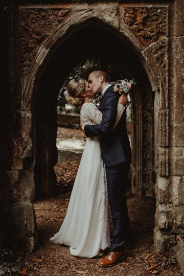 A Sweet, Labor Of Love English Wedding | Light of Wild Photography 32