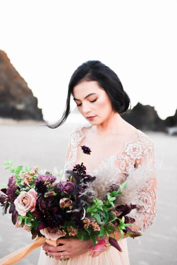 Ethereal Pacific Northwest Beachy Wedding Inspiration   Jessica Lynn Photography 16