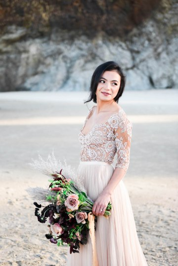 Ethereal Pacific Northwest Beachy Wedding Inspiration   Jessica Lynn Photography 24