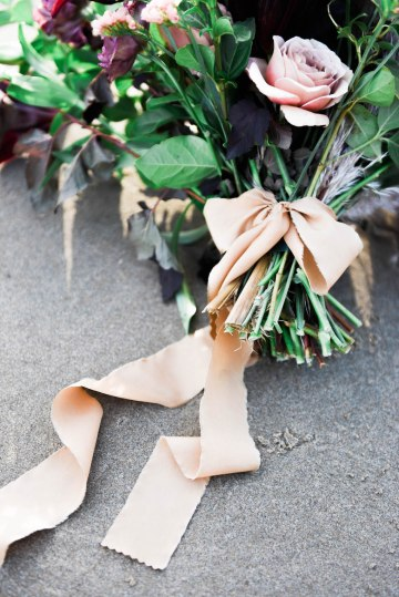 Ethereal Pacific Northwest Beachy Wedding Inspiration   Jessica Lynn Photography 28