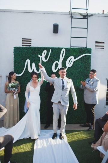 Modern Hip Taco Wedding In A Funky Gallery Venue | Claire Eliza 16