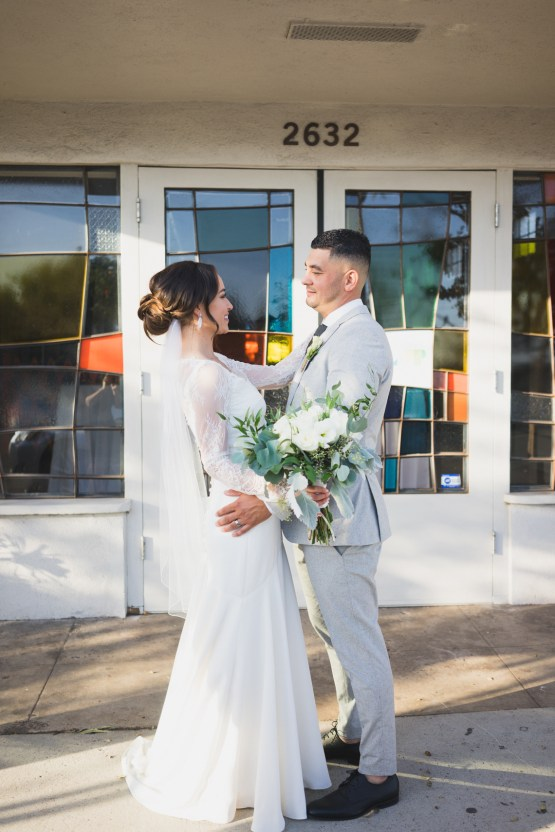 Modern Hip Taco Wedding In A Funky Gallery Venue | Claire Eliza 23
